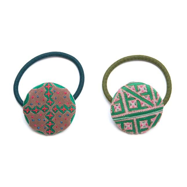 画像4:ThongPua モン族ヴィンテージ刺繍の大きめヘアゴム Type.2