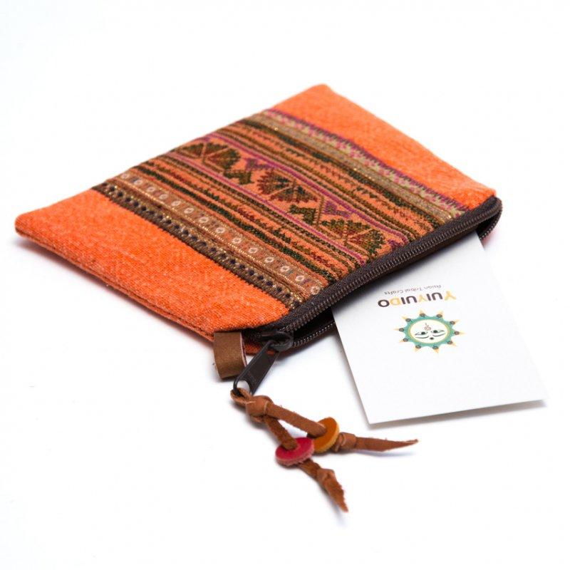 Rangmai モン族のヴィンテージ刺繍(角形)ポーチ Type.4