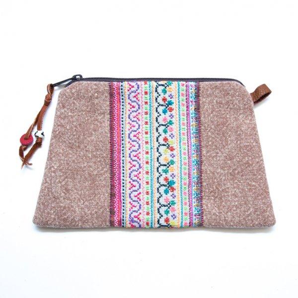 Rangmai モン族のヴィンテージ刺繍(角形)大きめポーチ