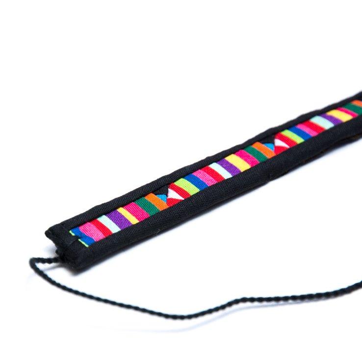 <フェアトレード>TTCrafts リス族刺繍のミサンガ(ブラック)