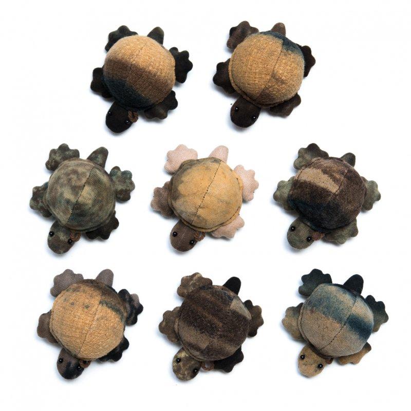 画像4:藍染め 手縫いのかわいいカメさん Type.6(8種)