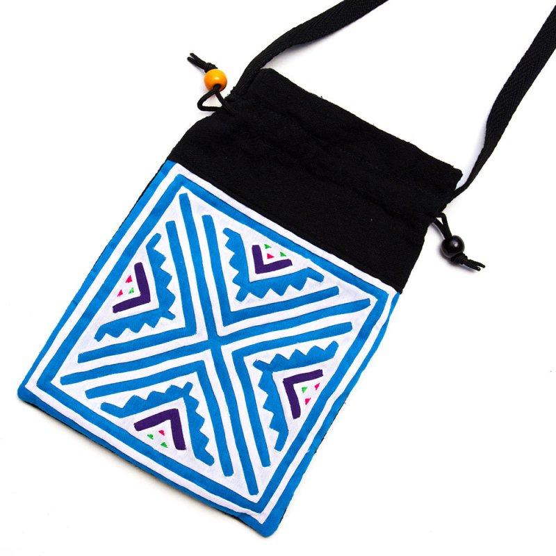 A Bu-Ali(アブアリ)モン族刺繍の巾着ポーチ Type.1