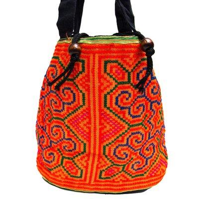 モン族 民族刺繍古布を使用した手提げバッグ(オレンジ)