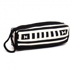 リス族 民族刺繍のカラフルペンケース(ホワイト)