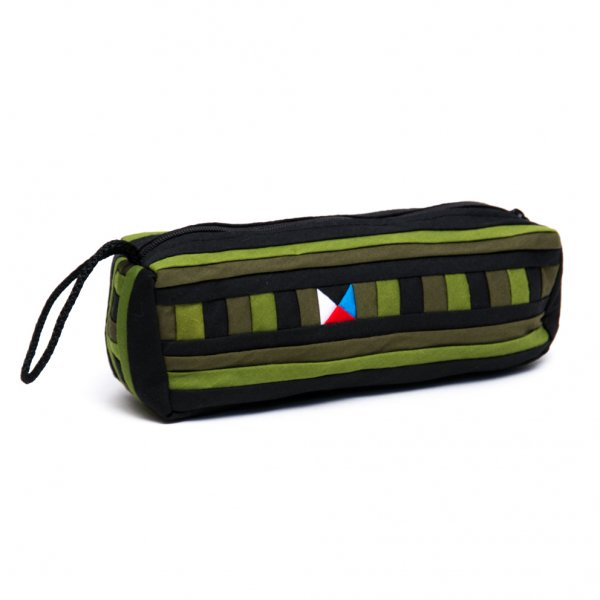 リス族 民族刺繍のカラフルペンケース(グリーン)