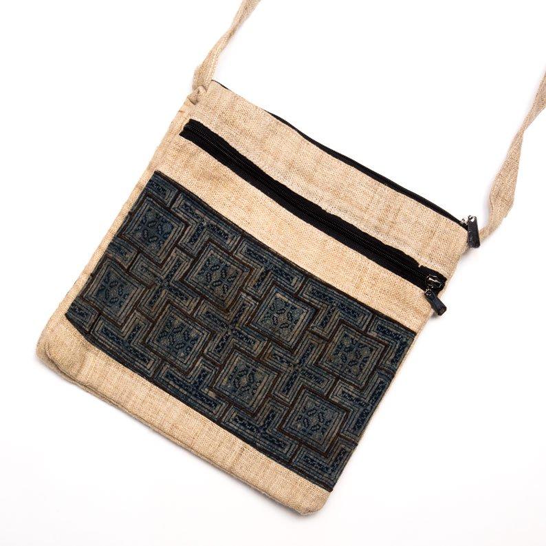 ベトナム 黒モン族バティック 二つ折りヘンプショルダーバッグ(M)