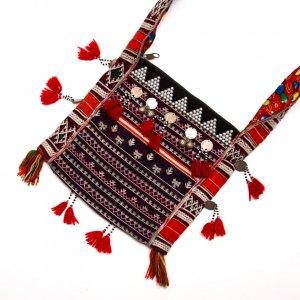ベトナム 赤ザオ(ヤオ)族 ヴィンテージ刺繍ショルダーバッグ