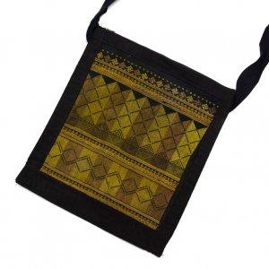 ベトナム 赤ザオ(ヤオ)族 手刺繍ショルダーバッグ(D)