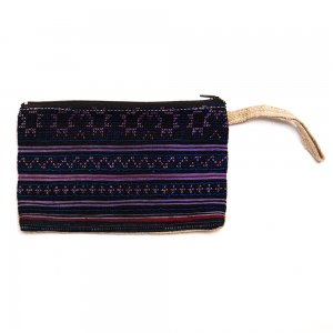 ベトナム 黒モン族 手刺繍 長方形ポーチ(A)