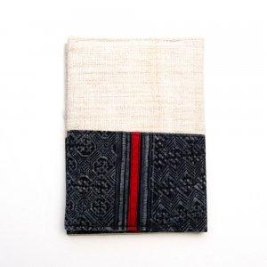 ベトナム 黒モン族 臈纈染め パスポートカバー(B)