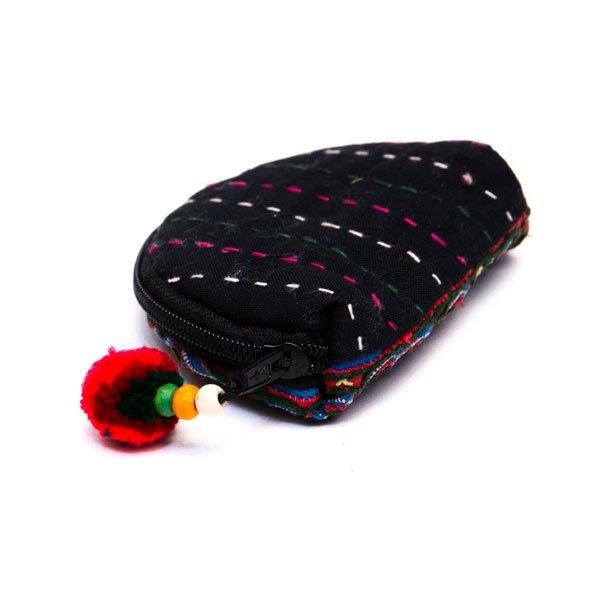 ベトナム 白モン族 手刺繍 ぐるぐる模様 ミニポーチ(B)