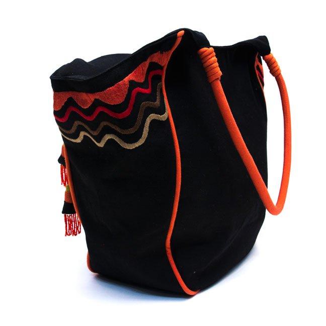 ベトナム キン族 デザイナーズバッグ