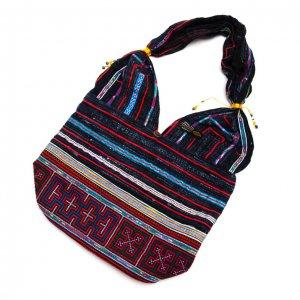 ベトナム 黒モン族 手刺繍&バティック ショルダーバッグ