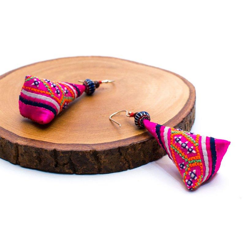 画像2:ThongPua モン族ビンテージ刺繍ピアス