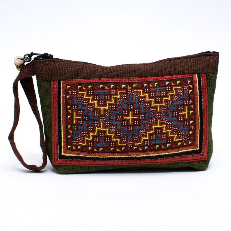 ThongPua モン族刺繍古布のバッグインバッグ(S) Type.2