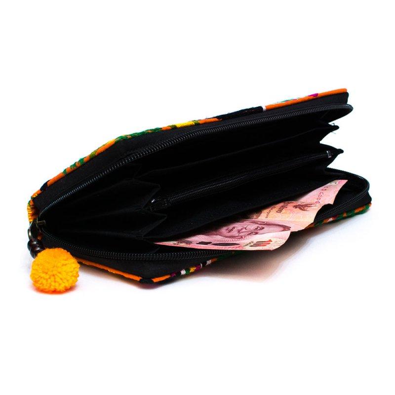 画像3:ラオス モン族のイラスト刺繍長財布 Type.2