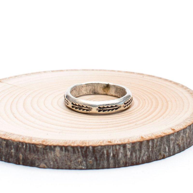 【カレン族シルバー リング】シンプルな刻印が美しいリング