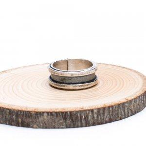 【カレン族シルバー リング】シンプルながらも手仕事の温もりが感じられる指輪
