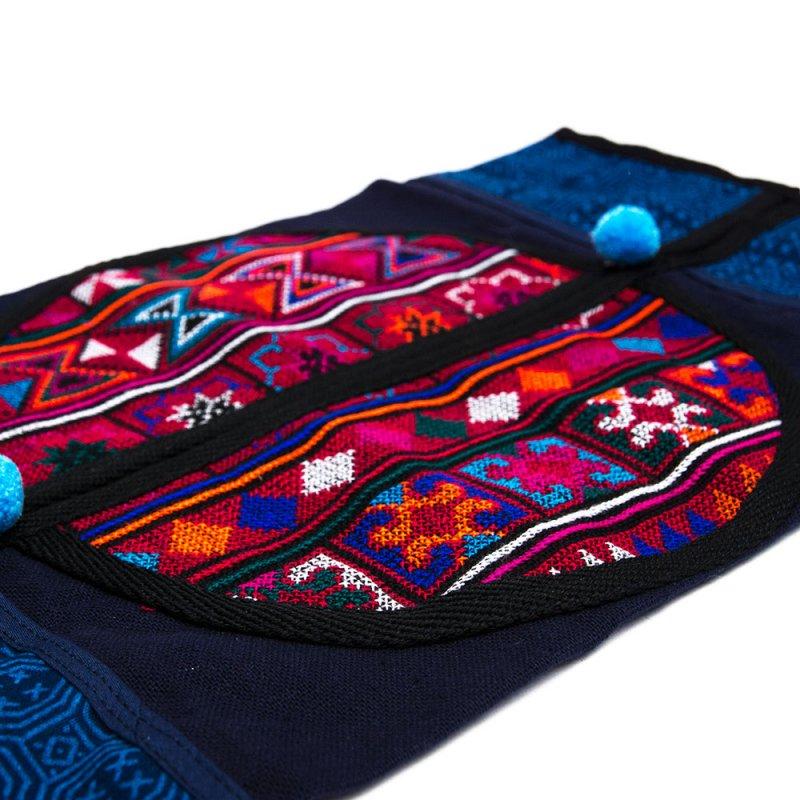 A Bu-Ali(アブアリ)アカ族刺繍のティッシュBOXカバー