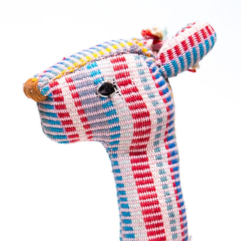 画像4:<フェアトレード>WSDO キリンさんの手縫いぬいぐるみ Type.5