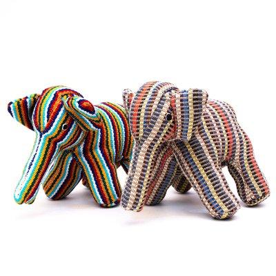 <フェアトレード>WSDO ゾウさんの手縫いぬいぐるみ Type.2