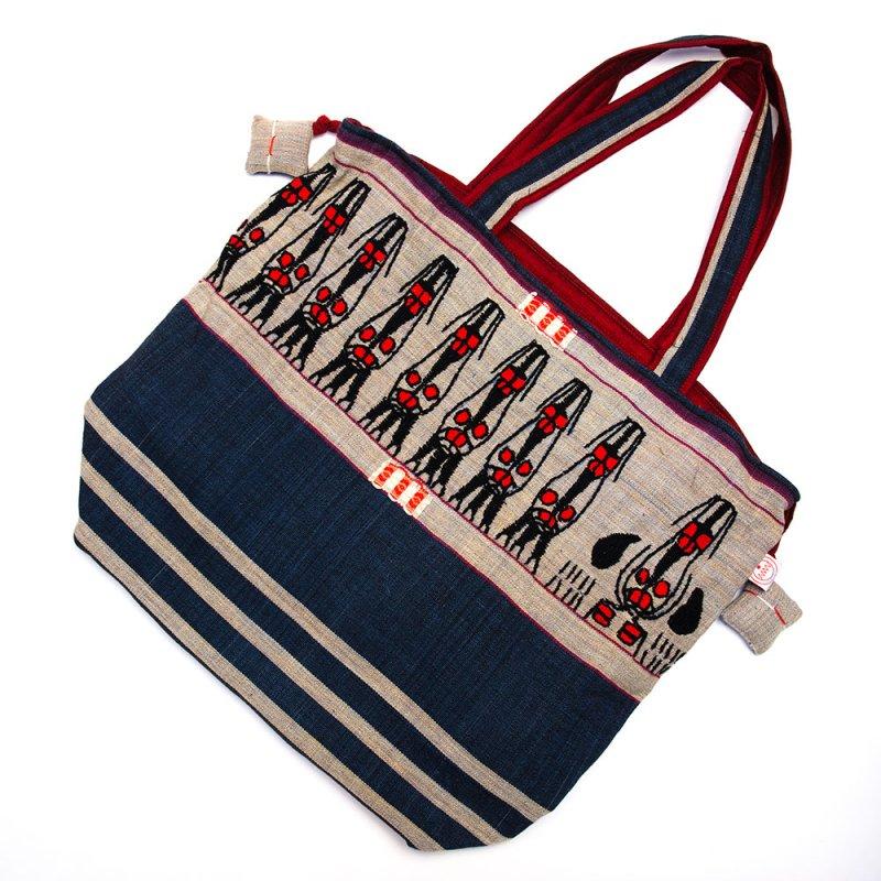 ナガ族 手織布と手刺繍の大判巾着トートバッグ Type.4