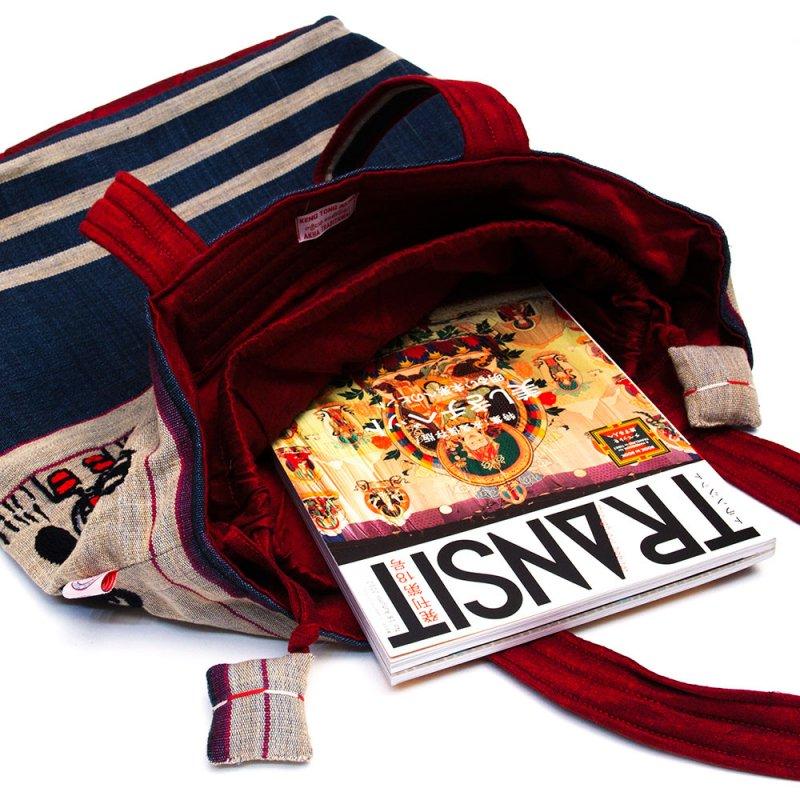 画像2:ナガ族 手織布と手刺繍の大判巾着トートバッグ Type.4
