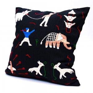 ナガ族 手織布と手刺繍のクッションカバー Type.2