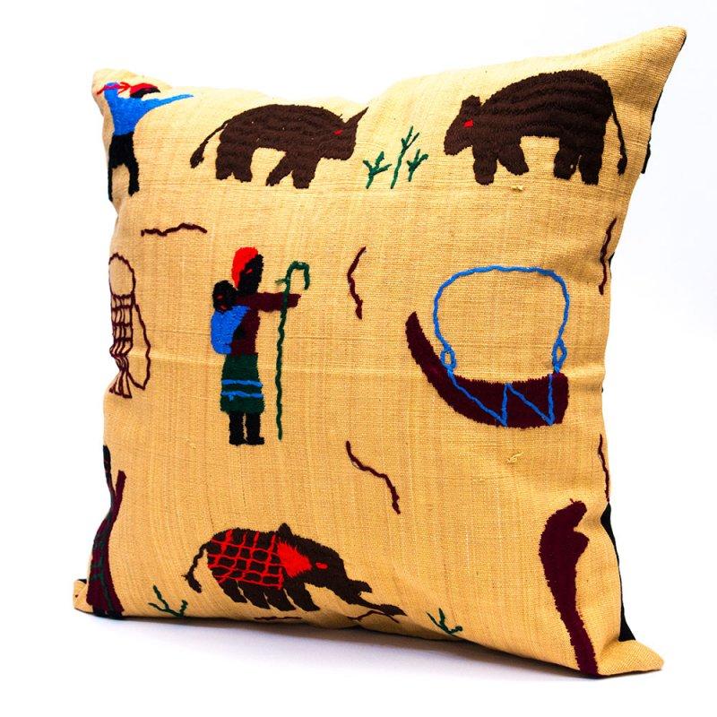 ナガ族 手織布と手刺繍のクッションカバー Type.4