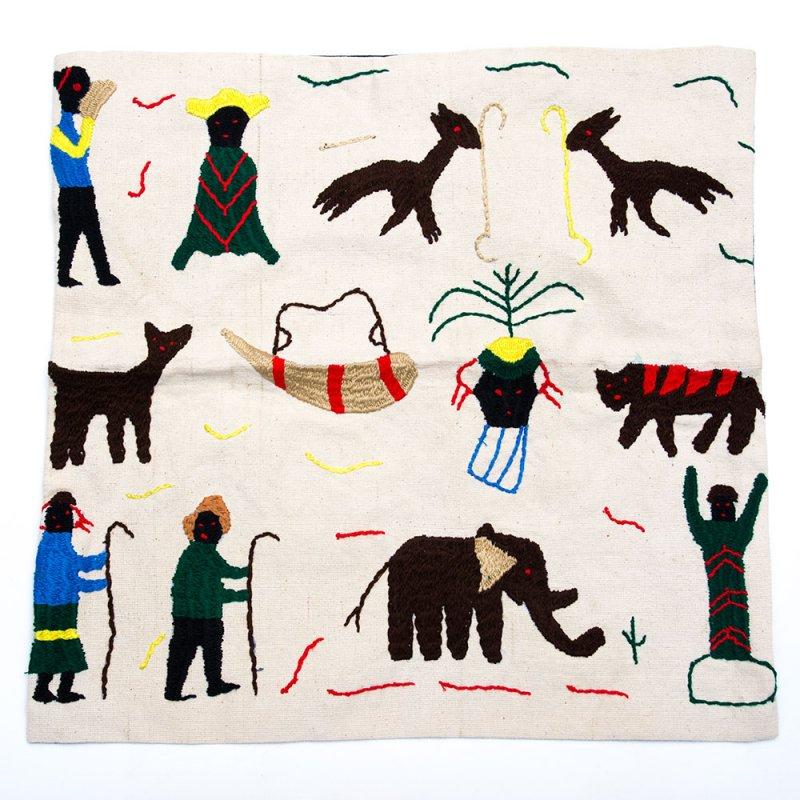 ナガ族 手織布と手刺繍のクッションカバー Type.8