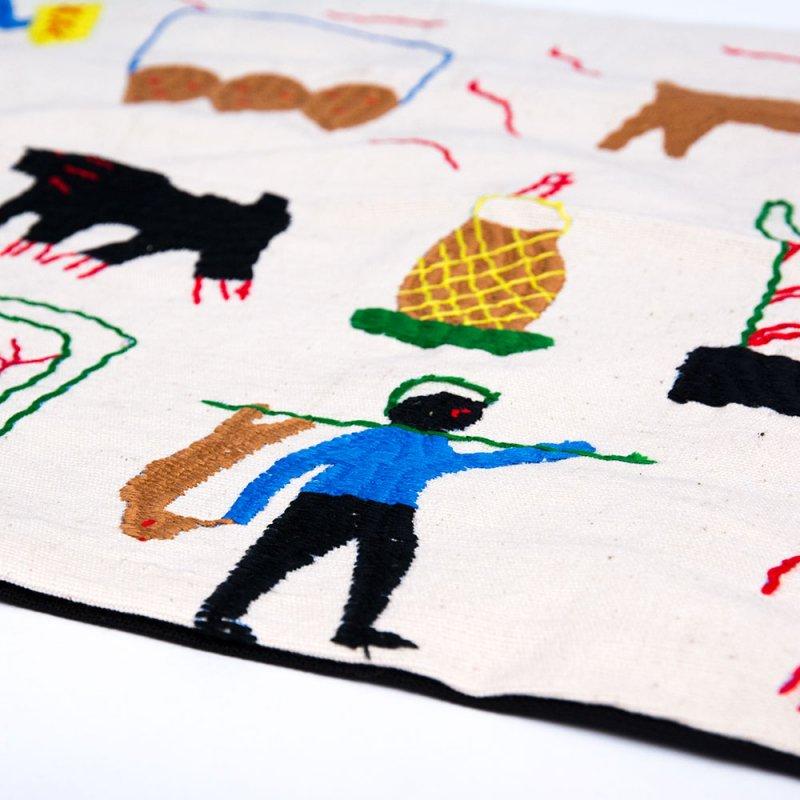 画像3:ナガ族 手織布と手刺繍のクッションカバー Type.10