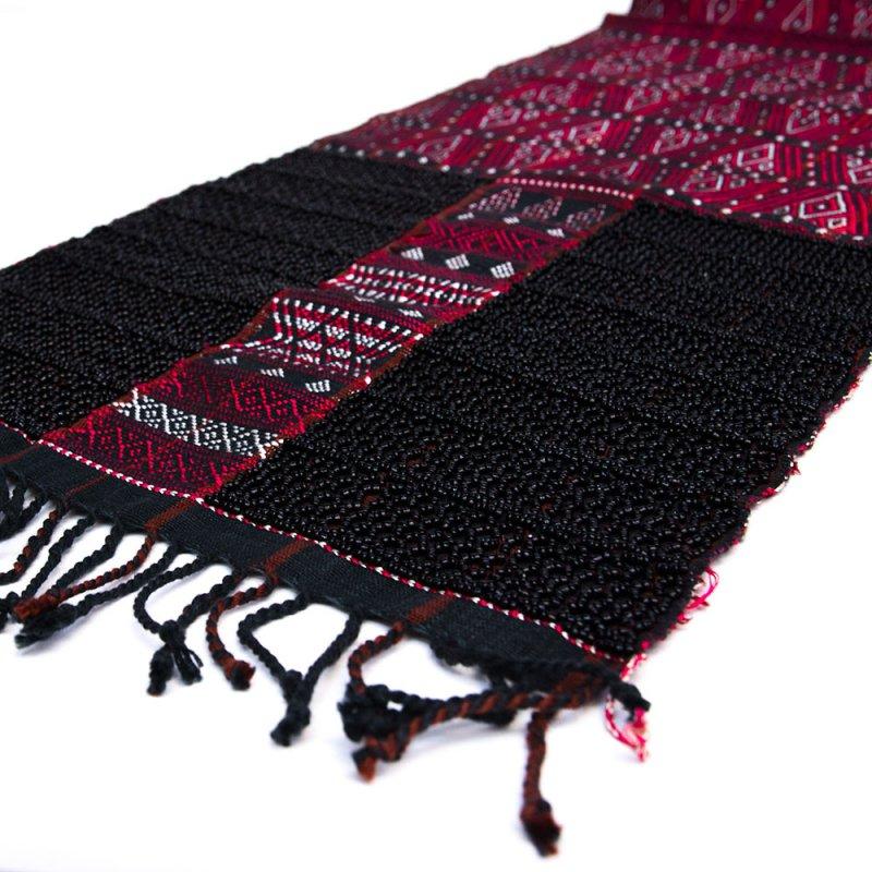 画像2:チン族 手織布とビーズのテーブルクロス Type.1
