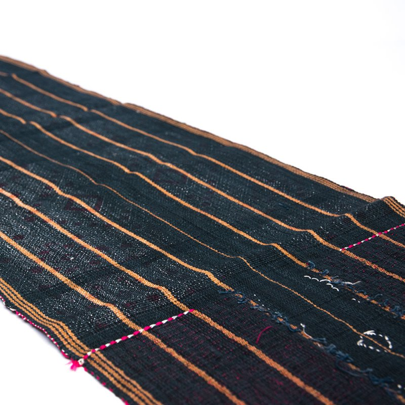 チン族 手織布とビーズのテーブルクロス Type.2
