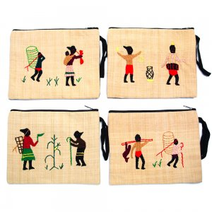 ミャンマー ナガ族 手刺繍のタブレットケース Type.1