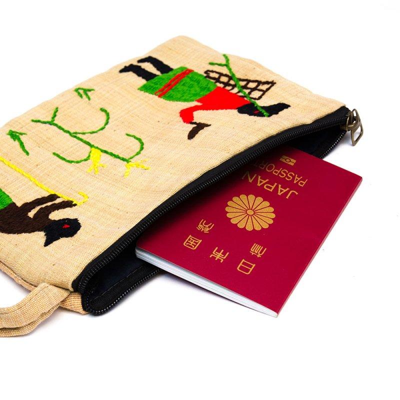 ミャンマー ナガ族 民族手刺繍のポーチ Type.1