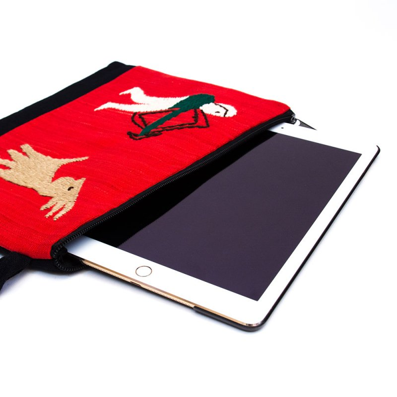 画像2:ミャンマー ナガ族 手刺繍のタブレットケース Type.2