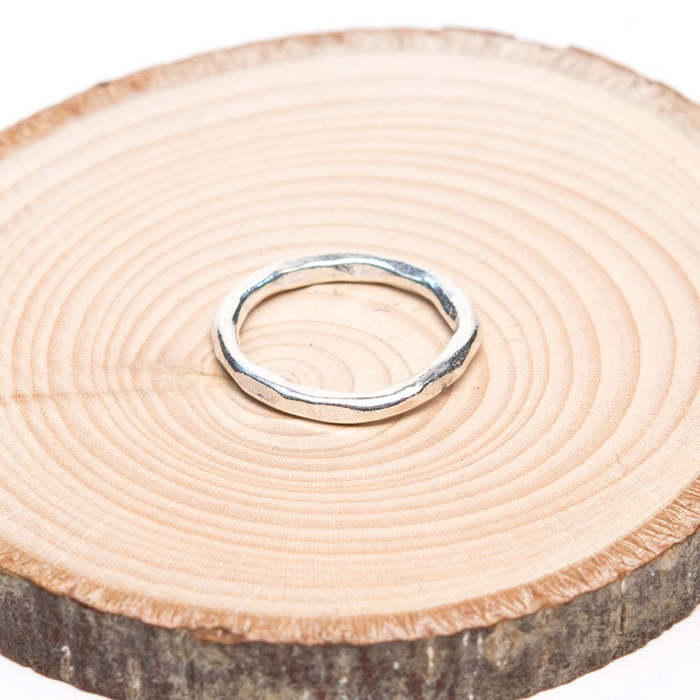 【カレン族シルバー】重ね付けに最適な細く美しいハンドメイドリング