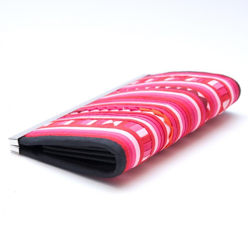 画像2:リス族 パッチワーク刺繍がま口長財布(ピンク)