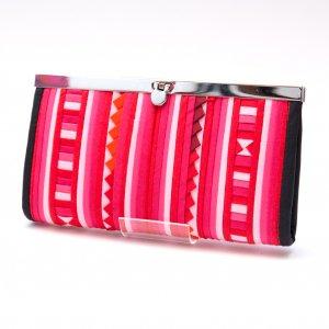 リス族 パッチワーク刺繍がま口長財布(ピンク)