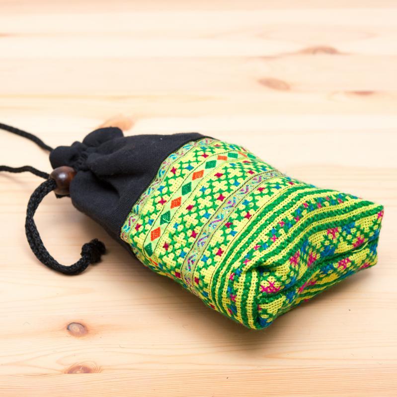 画像2:【モン族雑貨】民族刺繍入り巾着ショルダーポーチ(黄)/タイ山岳少数民族