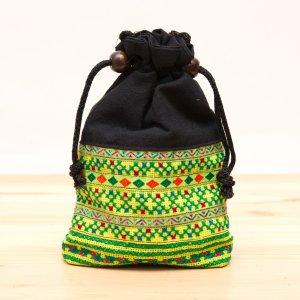 【モン族雑貨】民族刺繍入り巾着ショルダーポーチ(黄)/タイ山岳少数民族