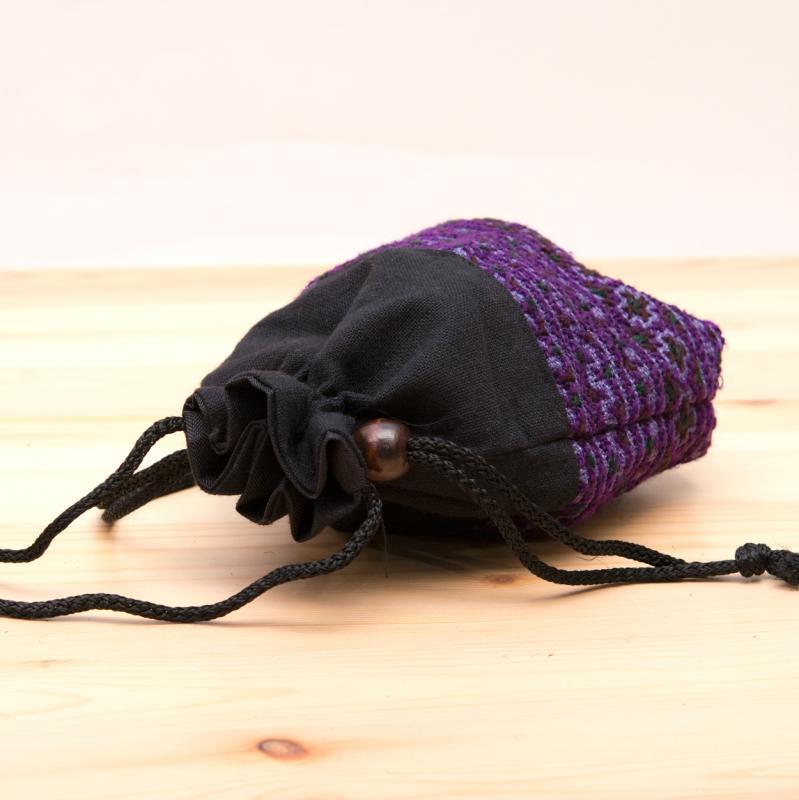 画像2:【モン族雑貨】民族刺繍入り巾着ショルダーポーチ(紫)/タイ山岳少数民族