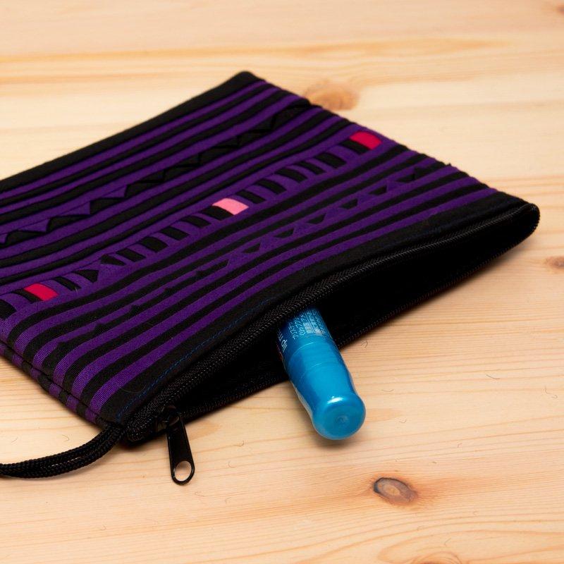 画像2:リス族刺繍のモダンなハンドメイドポーチ M-size(パープル)