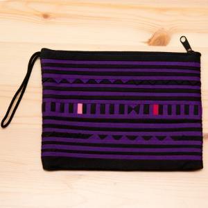 リス族刺繍のモダンなハンドメイドポーチ M-size(パープル)