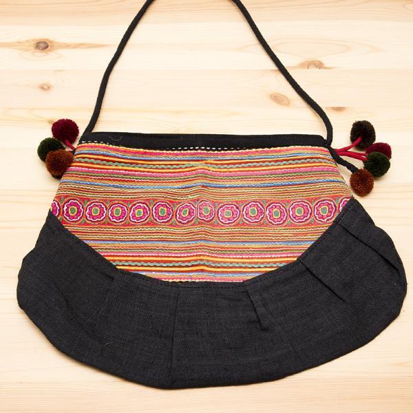 【モン族バッグ】花モン族の大きめポシェット|モン族古布|タイ雑貨