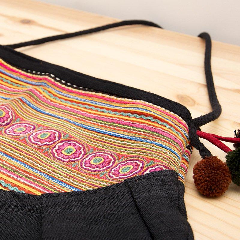 画像2:【モン族バッグ】花モン族の大きめポシェット|モン族古布|タイ雑貨