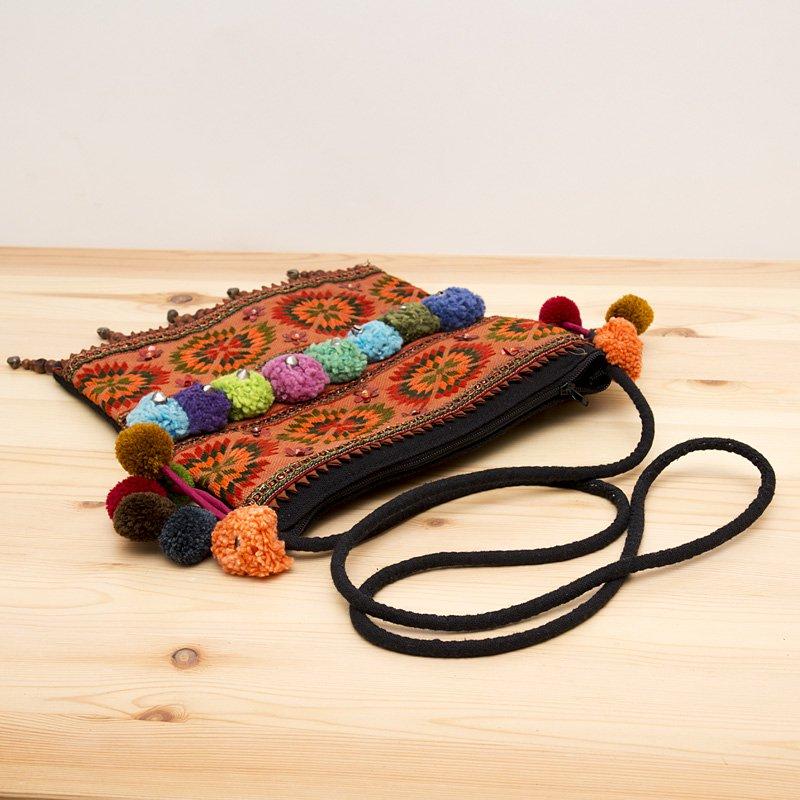 画像3:【モン族バッグ】モン族古布のボンボンポシェット|タイ民族ファッション