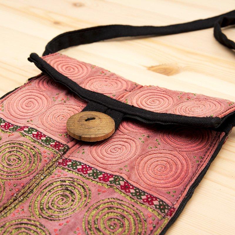 画像2:【モン族バッグ】白モン族の渦巻きポシェット(ピンク)|タイ民族雑貨