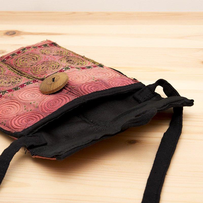 画像3:【モン族バッグ】白モン族の渦巻きポシェット(ピンク)|タイ民族雑貨