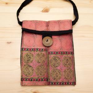 【モン族バッグ】白モン族の渦巻きポシェット(ピンク)|タイ民族雑貨